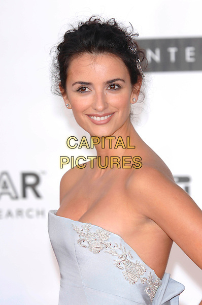 PENELOPE CRUZ.amfAR Cinema Against AIDS 2005,.58th Cannes International Film Festival, Le Moulin des Mougins, Cannes, France, May 19th 2005..portrait headshot hair accessory clips grips .Ref: PL.www.capitalpictures.com.sales@capitalpictures.com.©Capital Pictures