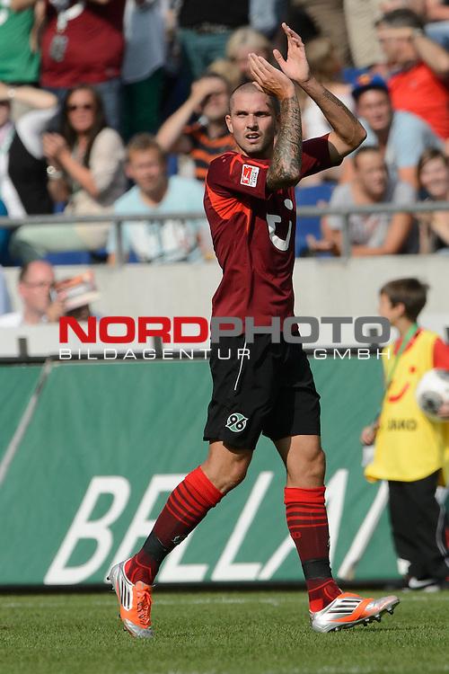 10.08.2013, HDI-Arena, Hanoover, GER, 1.FBL, Hannover 96 vs VFL Wolfsburg, im Bild<br /> Leon Andreasen (Hannover #2)<br />  <br /> Foto &copy; nph / Kokenge
