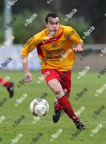 2011-01-23 / Voetbal / seizoen 2010-2011 / KFC Duffel - Wijgmaal / Stein Stuyck..Foto: mpics