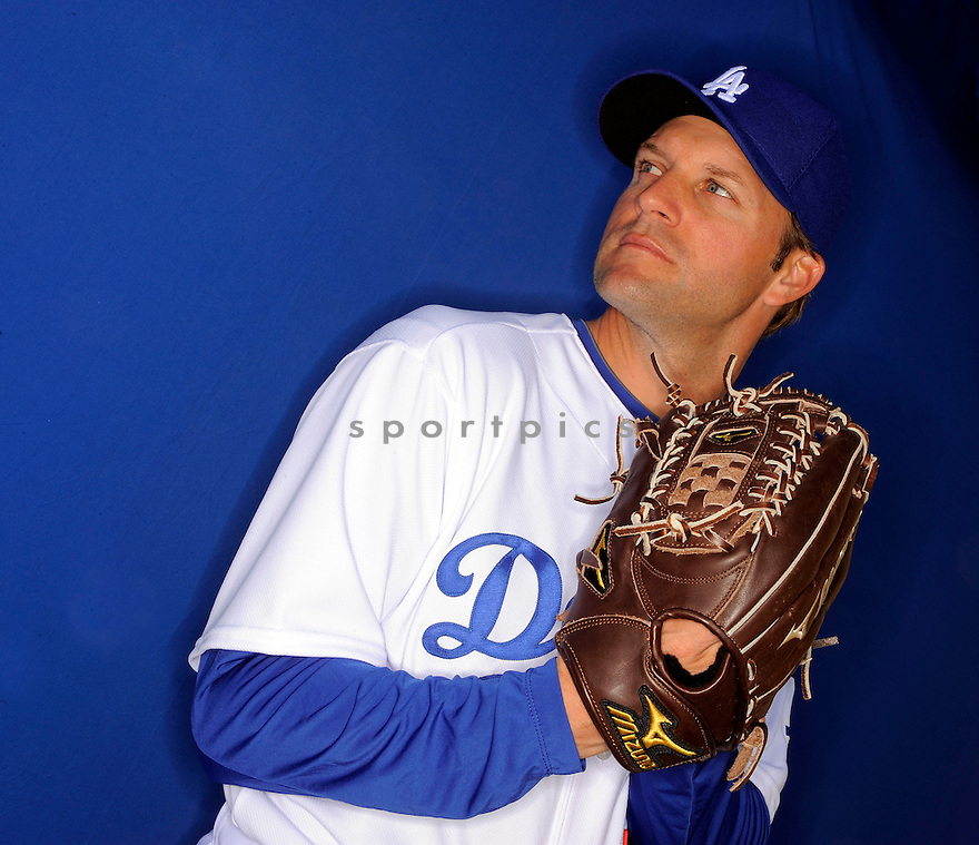 SHAWN ESTES, of the Los Angeles Dodgers, during photo day of spring training and the Dodger's training camp in Glendale, Arizona on February 21, 2009.