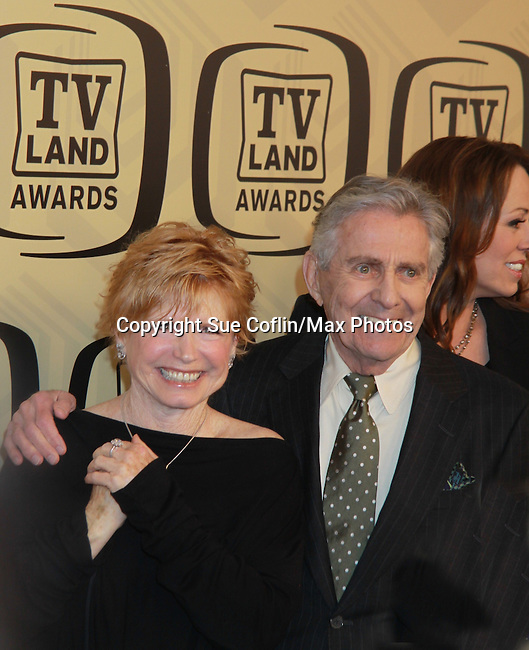 "One Day At A Time - Bonnie Franklin & Pat Harrington honored with Innovator Award at the 10th Anniversary of the TV Land Awards on April 14, 2012 to honor shows ""Murphy Brown"", ""Laverne & Shirley"", ""Pee-Wee's Playhouse"", ""In Loving Color"" and ""One Day At A Time"" and Aretha Franklin at the Lexington Armory, New York City, New York. (Photo by Sue Coflin/Max Photos)"