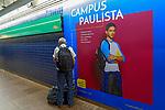 Cartaz de publicidade de curso universitario, estação do Metro, Sao Paulo. 2018. foto de Juca Martins.