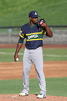 Beloit Snappers pitcher Carlos Navas (29) on the mound during a Midwest League game against the Wisconsin Timber Rattlers on May 30th, 2015 at Fox Cities Stadium in Appleton, Wisconsin. Wisconsin defeated Beloit 5-3 in the completion of a game originally started on May 29th before being suspended by rain with the score tied 3-3 in the sixth inning. (Brad Krause/Four Seam Images)