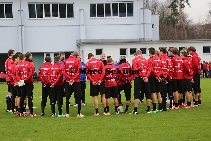 Besprechung mit Trainer Armin Veh (Eintracht)