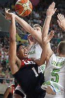 Slovenia's Zoran Dragic (c) and Uros Slokar (r) and USA's Anthony Davis during 2014 FIBA Basketball World Cup Quarter-Finals match.September 9,2014.(ALTERPHOTOS/Acero)