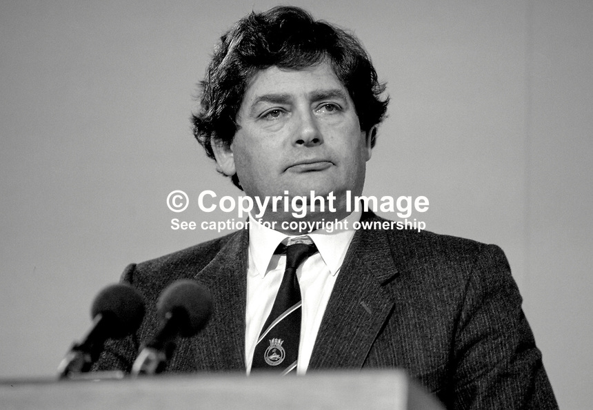 Nigel Lawson, MP, Conservative Party, Chancellor of the Exchequer, UK, 19871032NL3..Copyright Image from Victor Patterson, 54 Dorchester Park, Belfast, UK, BT9 6RJ..Tel: +44 28 9066 1296.Mob: +44 7802 353836.Voicemail +44 20 8816 7153.Skype: victorpattersonbelfast.Email: victorpatterson@me.com.Email: victorpatterson@ireland.com (back-up)..IMPORTANT: If you wish to use this image or any other of my images please go to www.victorpatterson.com and click on the Terms & Conditions. Then contact me by email or phone with the reference number(s) of the image(s) concerned.