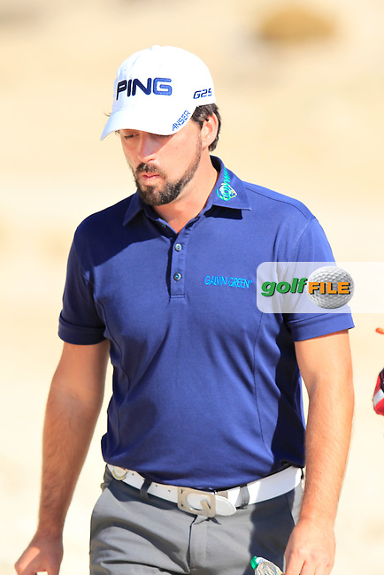 John PARRY (ENG) walks off the 9th tee during Thursday's Round 2 of the 2015 Commercial Bank Qatar Masters held at Doha Golf Club, Doha, Qatar.: Picture Eoin Clarke, www.golffile.ie: 1/22/2015