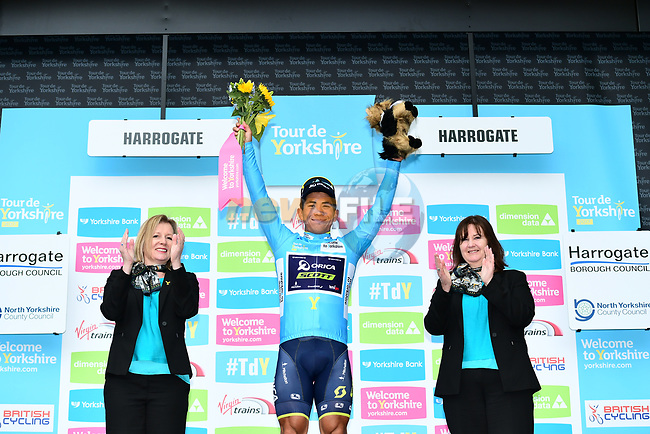 Caleb Ewan (AUS) Orica-Scott takes over the race leaders blue jersey on the podium at the end of Stage 2 of the Tour de Yorkshire 2017 running 122.5km from Tadcaster to Harrogate, England. 29th April 2017. <br /> Picture: ASO/A.Broadway | Cyclefile<br /> <br /> <br /> All photos usage must carry mandatory copyright credit (&copy; Cyclefile | ASO/A.Broadway)