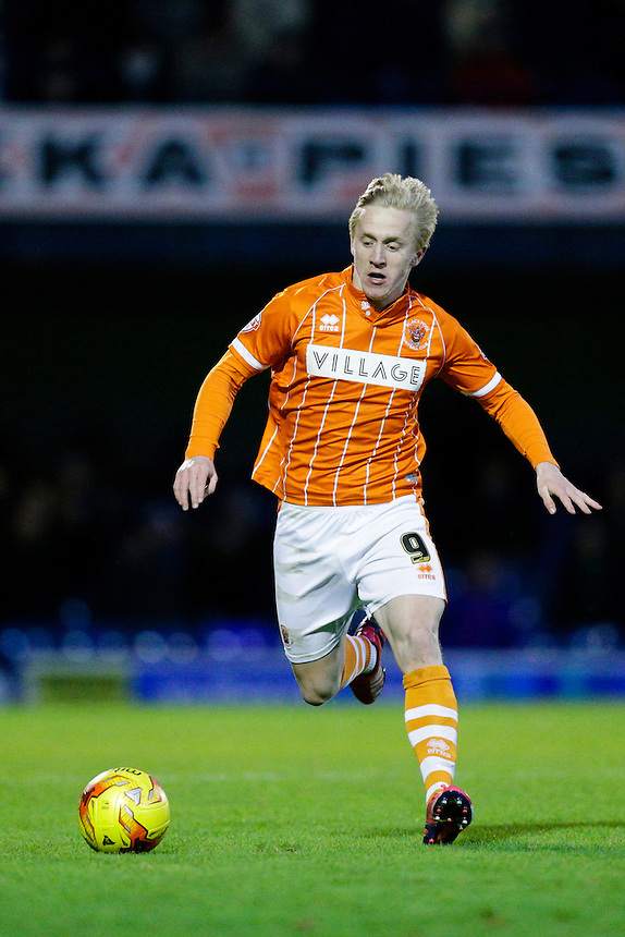 Blackpool's Mark Cullen in action during todays match  <br /> <br /> Photographer Craig Mercer/CameraSport<br /> <br /> Football - The Football League Sky Bet League One - Southend United v Blackpool - Saturday 21st November 2015 - Roots Hall - Southend<br /> <br /> &copy; CameraSport - 43 Linden Ave. Countesthorpe. Leicester. England. LE8 5PG - Tel: +44 (0) 116 277 4147 - admin@camerasport.com - www.camerasport.com