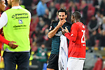 04.11.2018, Opel-Arena, Mainz, GER, 1 FBL, 1. FSV Mainz 05 vs SV Werder Bremen, <br /> <br /> DFL REGULATIONS PROHIBIT ANY USE OF PHOTOGRAPHS AS IMAGE SEQUENCES AND/OR QUASI-VIDEO.<br /> <br /> im Bild: Frust bei Claudio Pizarro (SV Werder Bremen #4) mit Anthony Ujah (#20, FSV Mainz)<br /> <br /> Foto &copy; nordphoto / Fabisch