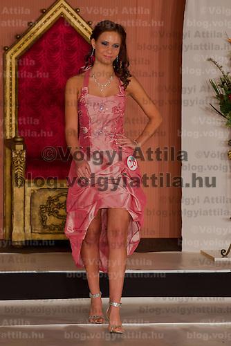 Hemela Noemi participates the Miss Hungary beauty contest held in Budapest, Hungary on December 29, 2011. ATTILA VOLGYI
