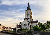 France, Côte-d'Or (21), Époisses, église Saint-Symphorien // France, Cote d'Or, Epoisse, Saint Symphorien church