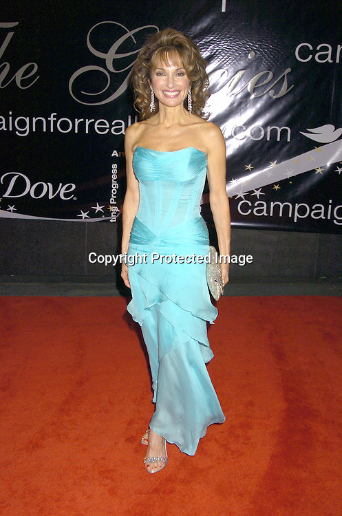 Susan Lucci ..at The American Women in Radio and Television's 30th Annual Gracie Allen Awards on June 22, 2005 at the Marriott Marquis. ..Photo by Robin Platzer, Twin Images