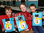 Peter, Philippa and Harry McGrane at Drogheda Library's winter arts and crafts workshop.<br /> <br /> Photo - Jenny Matthews