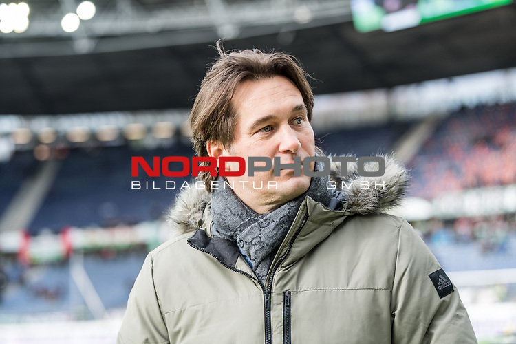 09.02.2019, HDI Arena, Hannover, GER, 1.FBL, Hannover 96 vs 1. FC Nuernberg<br /> <br /> DFL REGULATIONS PROHIBIT ANY USE OF PHOTOGRAPHS AS IMAGE SEQUENCES AND/OR QUASI-VIDEO.<br /> <br /> im Bild / picture shows<br /> Gerhard Zuber (Sportlicher Leiter Hannover 96), <br /> <br /> Foto © nordphoto / Ewert