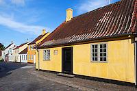 Denmark, Funen, Odense: Hans Christian Andersen's House, birthplace of the famous writer | Daenemark, Insel Fuenen, Odense: Hans Christian Andersen Geburtshaus