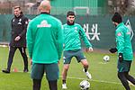 17.01.2020, Trainingsgelaende am wohninvest WESERSTADION,, Bremen, GER, 1.FBL, Werder Bremen Training ,<br /> <br /> <br />  im Bild<br /> Nuri Sahin (Werder Bremen #17)<br /> Leonardo Bittencourt  (Werder Bremen #10)<br /> Ömer / Oemer Toprak (Werder Bremen #21)<br /> <br /> <br /> Foto © nordphoto / Kokenge