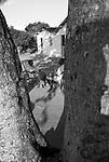 Severino Luís Florenço de 70 anos e a esposa Ana Maria Florenço de 65 anos, doente de Chacas , usa marca passo . São moradores no Sítio Nossa Senhora da Conceição no município de Nazaré da Mata em Pernambuco