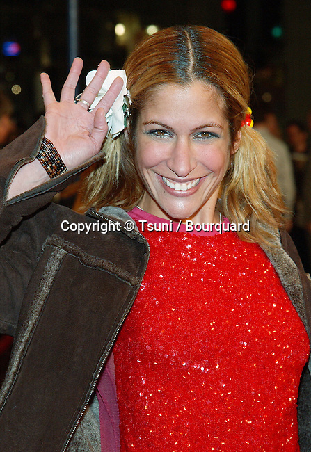 Vanessa Parise arriving at the Ghost Ship premiere at the Westwood Village Theatre in Los Angeles. October 22, 2002.            -            PariseVanessa28.jpg