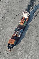 4415/Tetuan: EUROPA, DEUTSCHLAND, HAMBURG  28.01.2006 M/V Tetuan der Rederei Komrowski, TeamLines, Container Fessel, Containerschiff, Fedder, Gueterverbindung von Hamburg nach Skandinavien,  Elbe, Eis auf der Elbe, Eisgang