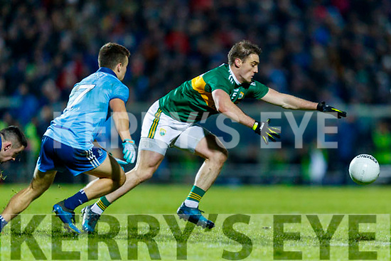 Stephen O'Brien Kerry in action against Eoin Murchan  Dublin during the Allianz Football League Division 1 Round 3 match between Kerry and Dublin at Austin Stack Park in Tralee, Kerry on Saturday night.