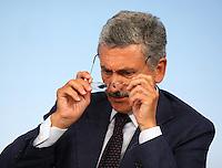 Roma, 28/8/2006 Consiglio dei Ministri. Nella foto il Ministro degli Esteri Massimo D Alema.<br /> Photo Samantha Zucchi INSIDE