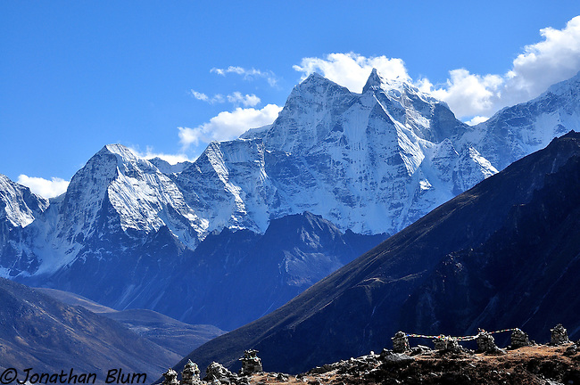 View of Ama Dablam on the way to Pheriche