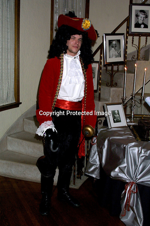 ©2002 KATHY HUTCHINS / HUTCHINS PHOTO.BIRTHDAY PARTY FOR MARIE TOM, THROWN BY HEATHER TOM AT HER HOME .GLENDALE, CA  6/29/02.DAVID  TOM.as Captain Hook