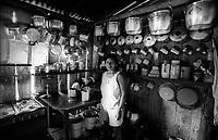 Cozinhas Amazônicas.           <br />                                                   -  REPRODUÇÃO PROIBIDA -<br /> Anos diversos.<br /> Fotos Paulo Santos/Interfoto