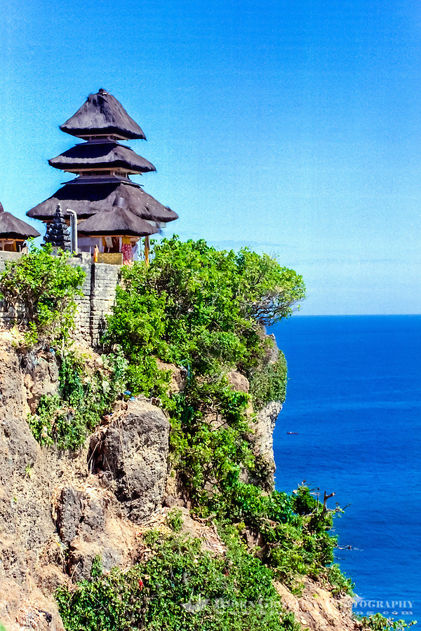 Bali, Badung, Uluwatu. Pura Luhur Uluwatu is beautifully located on top of a high cliff. Looking west.