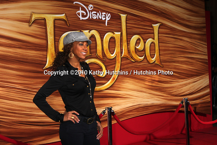 """LOS ANGELES - NOV 14:  Holly Robinson-Peete arrives at the """"Tangled"""" World Premiere at El Capitan Theater on November 14, 2010 in Los Angeles, CA"""