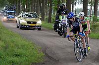 PEEST - Wielersport, Slag om Norg 02-07-2017,  kopgroep op de Veldweg in Peest met op kop Gert Jan Bosman daarachter Justin Timmermans en Joshua Huppertz