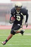Torrance, CA 10/05/11 - Jordan Gates (Peninsula #9) in action during the Peninsula vs South Torrance Junior Varsity football game.