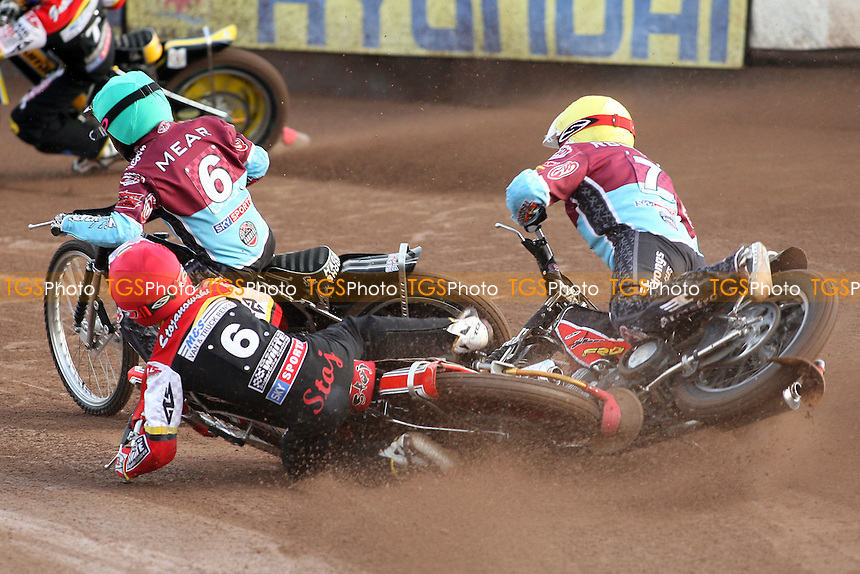 Heat 2: Stuart Robson (yellow) crashes out of the racing after tangling with Krzysztof Stojanowski (red) - Swindon Robins vs Lakeside Hammers - Sky Sports Elite League Speedway at Abbey Stadium - 28/05/09 - MANDATORY CREDIT: Gavin Ellis/TGSPHOTO - Self billing applies where appropriate - 0845 094 6026 - contact@tgsphoto.co.uk - NO UNPAID USE.