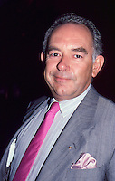 Robin Leach 1987 by Jonathan Green
