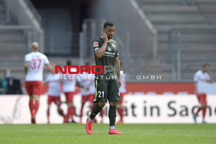 nph00351: Karim ONISIWO (1.FSV Mainz 05),<br /> Enttaeuschung,Frust,enttaeuscht,<br /> frustriert,niedergeschlagen, nach <br /> Gegentor zum 0-2.<br /> Sport: Fussball: 1. Bundesliga: Saison 19/20: 26.Spieltag: 1.FC KOELN-FSV MAINZ 05,17.05.2020.<br /> Foto: Anke Waelischmiller/SVEN SIMON/POOL / via Meuter/nordphoto<br /> <br /> Nur für journalistische Zwecke! Only for editorial use!<br /> Gemäß den Vorgaben der DFL Deutsche Fußball Liga ist es untersagt, in dem Stadion und/oder vom Spiel angefertigte Fotoaufnahmen in Form von Sequenzbildern und/oder videoähnlichen Fotostrecken zu verwerten bzw. verwerten zu lassen. DFL regulations prohibit any use of photographs as image sequences and/or quasi-video.<br /> <br /> <br />  <br /> Foto: Anke Waelischmiller/SVEN SIMON/POOL/via Meuter/nordphoto