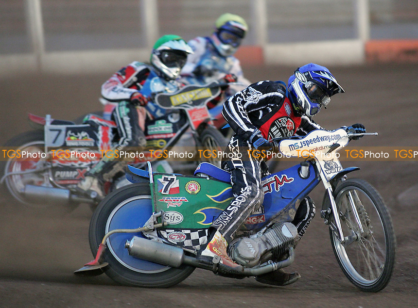 Heat 8 - Tomicek (blue), Skornicki (green), Simota - Lakeside Hammers vs Reading Racers - Sky Sports Elite League at Arena Essex, Purfleet - 03/08/07 - MANDATORY CREDIT: Gavin Ellis/TGSPHOTO - SELF-BILLING APPLIES WHERE APPROPRIATE. NO UNPAID USE. TEL: 0845 094 6026..