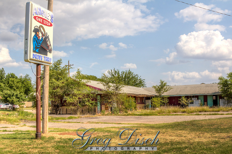 Angies One Stop in Erick Oklahoma on Route 66 in no longer a one stop for travelers.