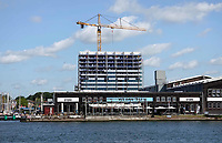 Nederland  Amsterdam  2019.   Bouwwerkzaamheden in Amsterdam Noord achter Stork en Vis aan 't IJ. Foto Berlinda van Dam / Hollandse Hoogte
