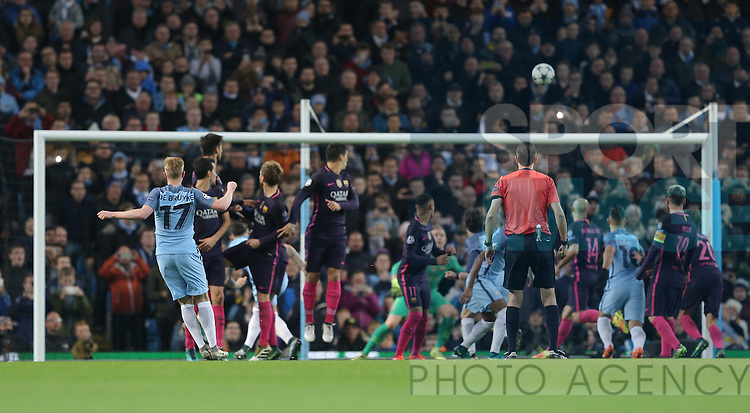 Kevin De Bruyne of Manchester City scores during the Champions League Group C match at the Etihad Stadium, Manchester. Picture date: November 1st, 2016. Pic Simon Bellis/Sportimage