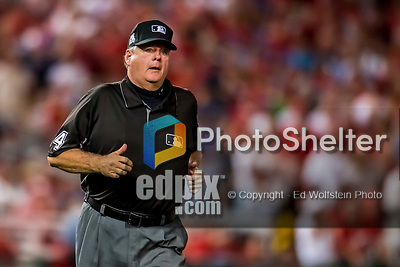 6 October 2017: MLB umpire Jerry Layne trots in for a call discussion during the first game of the NLDS between the Washington Nationals and the Chicago Cubs at Nationals Park in Washington, DC. The Cubs shut out the Nationals 3-0 to take a 1-0 lead in their best of five Postseason series. Mandatory Credit: Ed Wolfstein Photo *** RAW (NEF) Image File Available ***