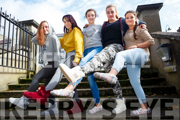 Reach LCA KDYS teenagers holding mental health day including Walk in My Shoes Campaign on Tuesday Pictured Alisha McCloud, Rechelle Antz, Meagan Glavin, Rebecca Donovan and Vicky Quilligan