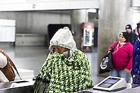 SÃO PAULO, SP, 11.06.2016 - CLIMA-SP- Termômetro registra temperatura com variação entre 13ºC e 11ºC na avenida Paulista neste sábado 11. (Foto: Adailton Damasceno/Brazil Photo Press)
