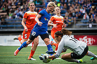 Seattle, Washington - Sunday, June 12, 2016: Seattle Reign FC midfielder Jessica Fishlock (10) drives to the goal during a regular season National Women's Soccer League (NWSL) match at Memorial Stadium. Seattle won 1-0.