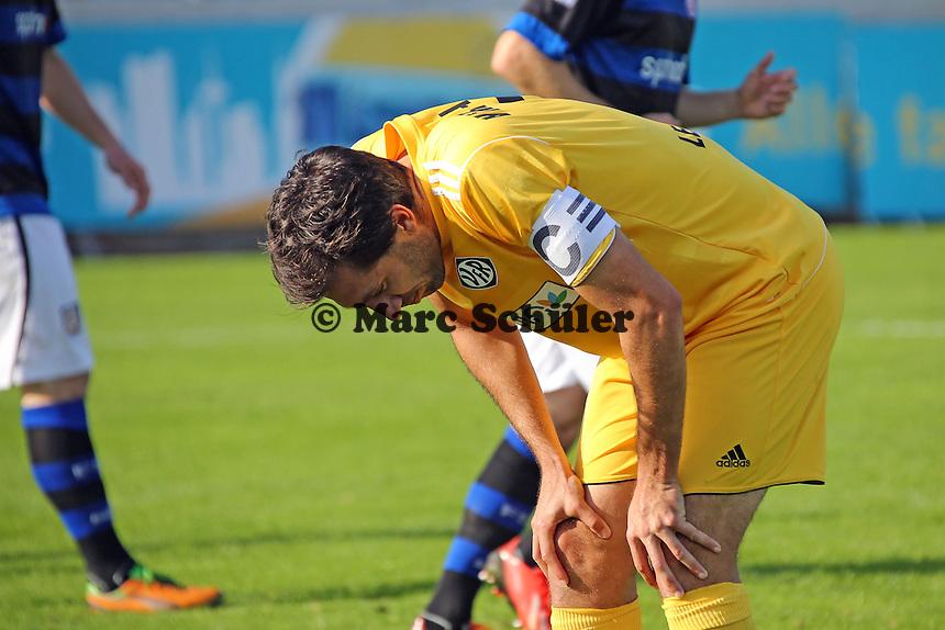 Leandro Grech (Aalen) ärgert sich nach vergebener Chance - FSV Frankfurt vs. VfR Aalen, Frankfurter Volksbank Stadion
