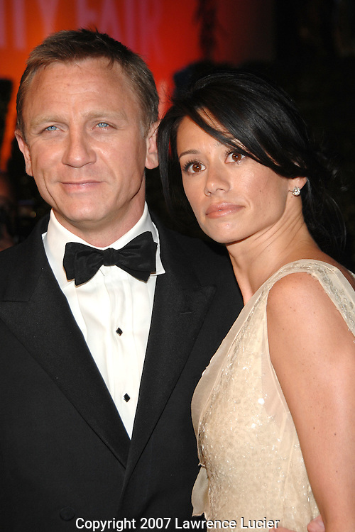 Daniel Craig and Satsuki Mitchell attend the 2007 Vanity Fair Oscar Party held at Morton's Steakhouse in Los Angeles, CA, USA on February 25, 2007... (Pictured : DANIEL CRAIG).