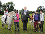 Chairperson of Louth County Council Finan McCoy pictured with Cathy Laurence, Catriona Halpenny, Mainey Mongan, Ella Courtney and Catyln Martin at the Turfman festival in Ardee. Photo: Colin Bell/pressphotos.ie