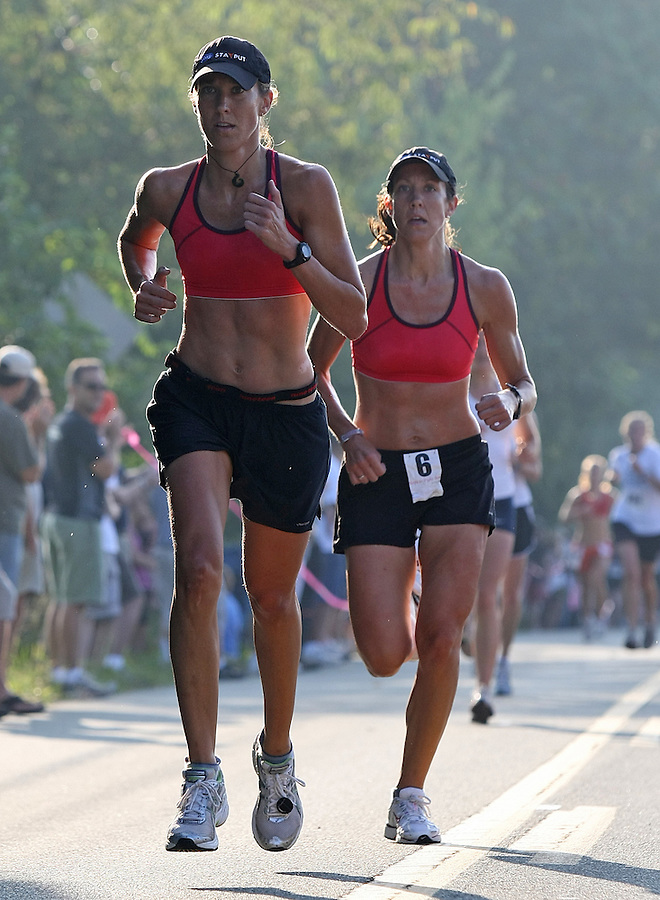 Annual Charlottesville Women's Four Miler at Foxfield in Charlottesville, Va. Photo/Andrew Shurtleff