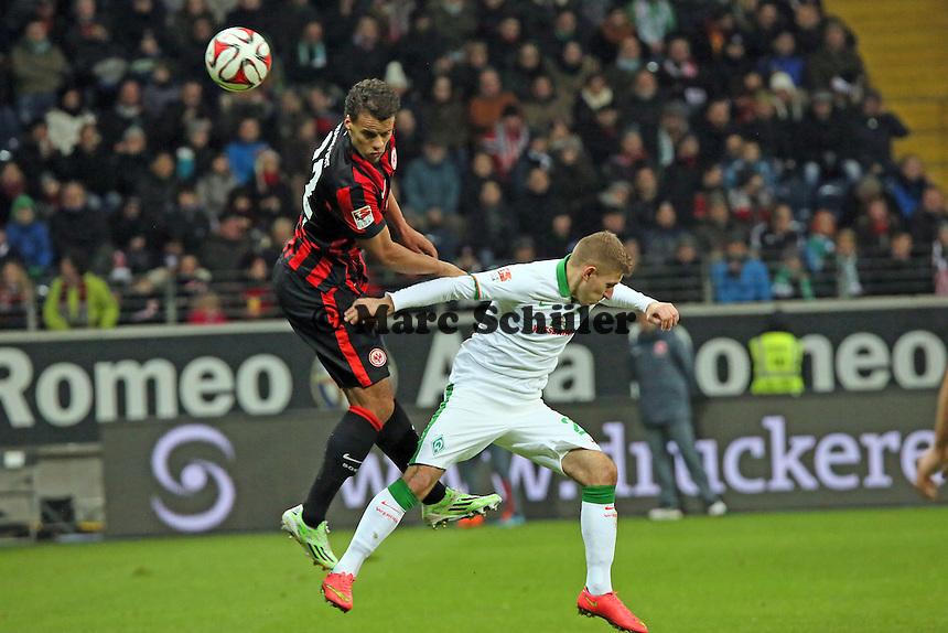 Timothy Chandler (Eintracht) gegen Santiago Garcia (Werder) - Eintracht Frankfurt vs. SV Werder Bremen, Commerzbank Arena