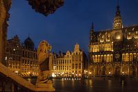 Europe/Belgique/Région de Bruxelles-Capitale/Bruxelles : La Grand-Place vue de nuit